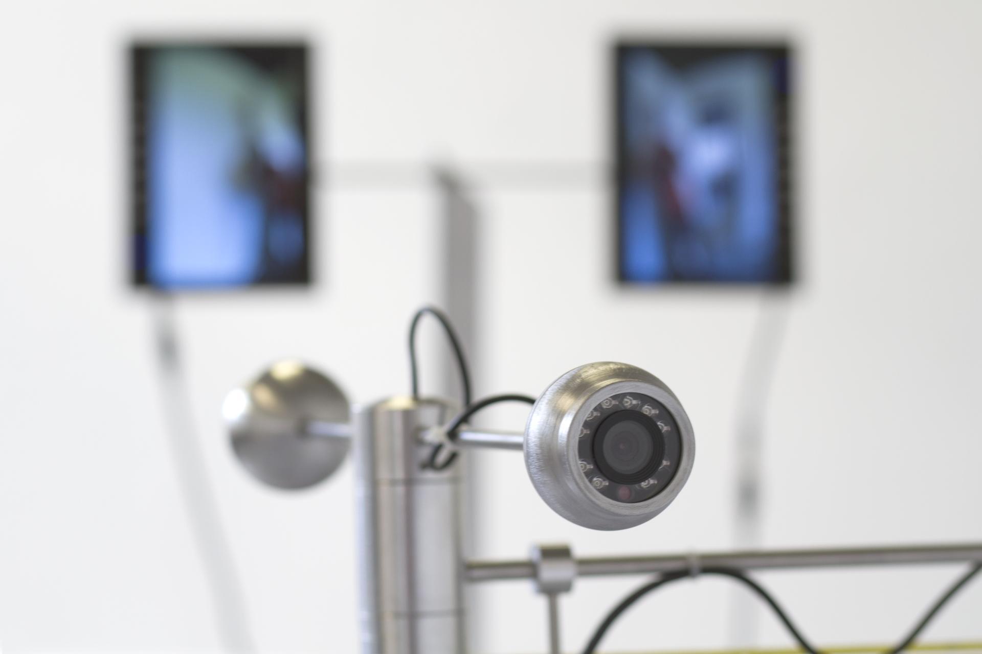 Expérimentations menées en atelier par Pascal Dufaux en résidence